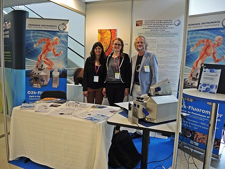 Verena Laner, Verena Marte and Erich Gnaiger at the OROBOROS-booth at EUROMIT2014